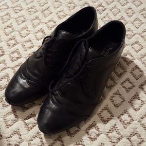 Josef Seibel black leather loafer, size 38 comfort